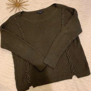 Like New American Eagle Olive Green Sweater Medium